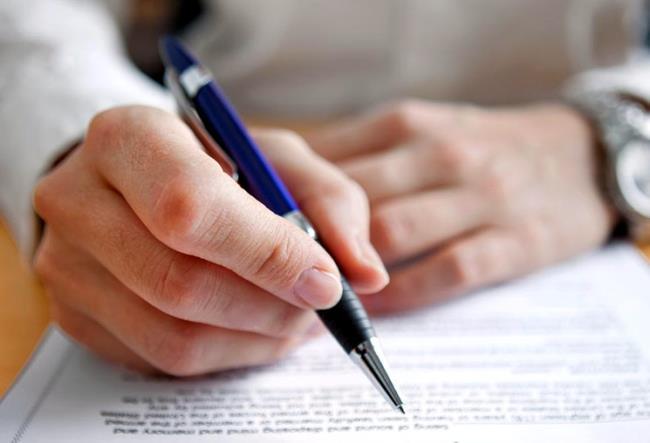 Кредит после смерти заемщика. Что делать если взял кредит и умер?