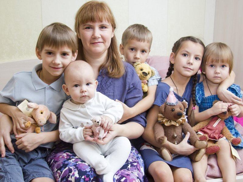Пособие на ребенка малоимущим семьям в 2020 году: размер, расчет, таблица
